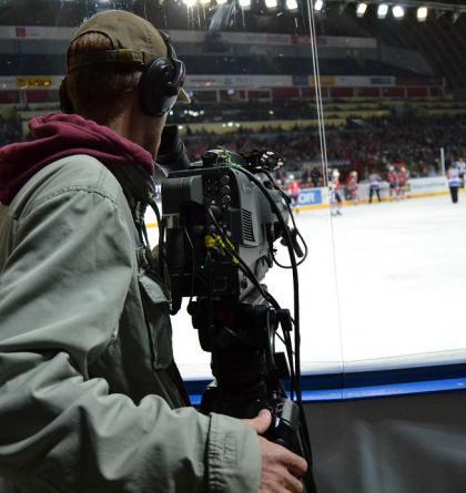Ostrý obraz a čistý zvuk v neděli 17.října 2021 na ČT SPORT živě lední hokej, futsal a cyklokros